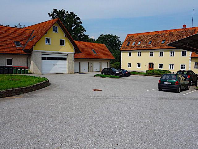 Zinshaus RENDITE 4,2 %! Mit der Option noch 600 bis 700 m² Wohnraum zu errichten
