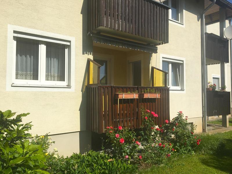 Hochparterre Wohnung mit Balkon und Carport im Zentrum von Bärnbach!