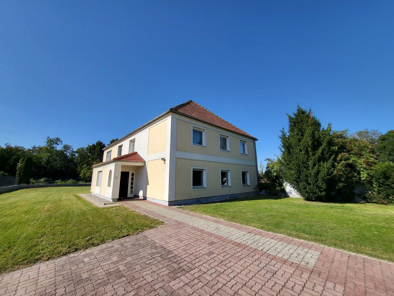 ++ 325 m² Wohnfläche - Gepflegtes Haus auf 1400 m² Grundstück ! ++ Virtuelle Besichtigung ++