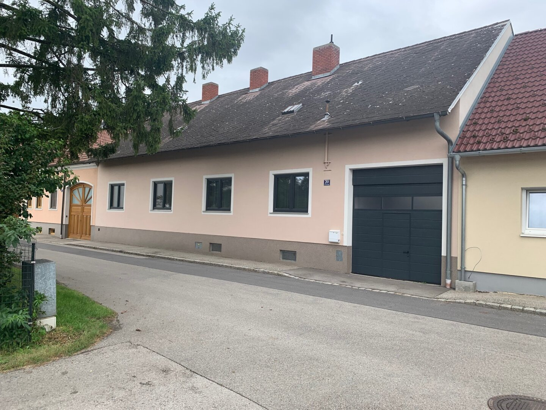 **** Stockerau - Großes Haus mit viel Platz ****