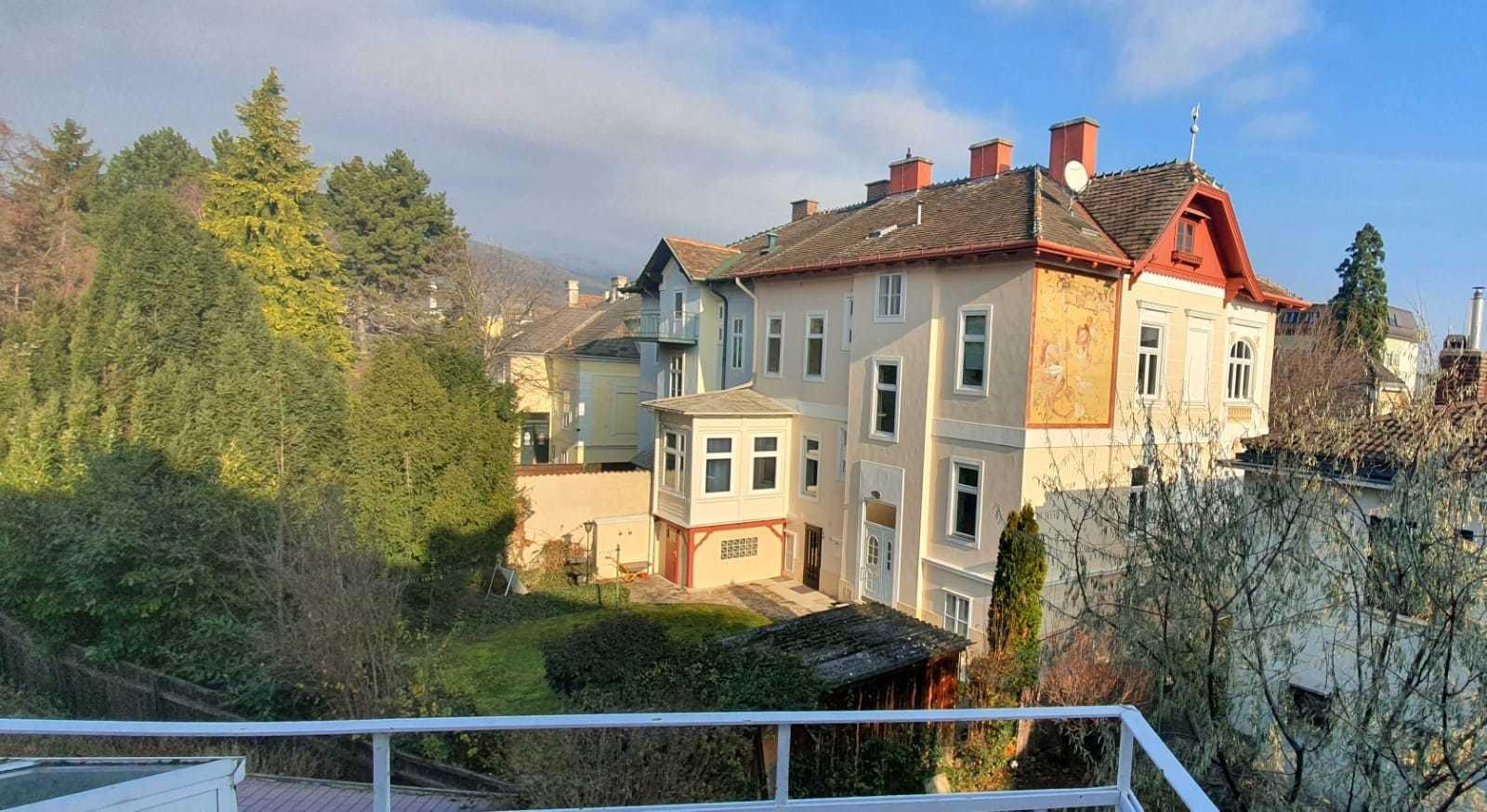 Wunderschöne 4 Zimmerwohnung mit Terrasse (Garten Mitbenutzung)